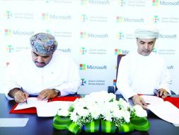 Oman Airports signs a memorandum of understanding with Microsoft to promote Airport digital-transformation